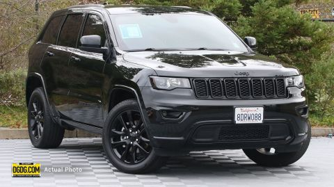 2018 Jeep Grand Cherokee Altitude With Navigation & 4WD