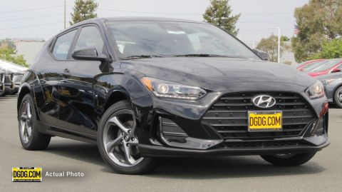 2019 Hyundai Veloster Base FWD 3dr Car